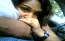Indian beauty blowing a cock in the car